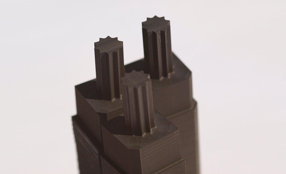 Graphitelektrode für eine Montagehilfe